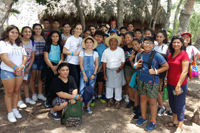 //yitsatil.edu.mx/storage/2019/02/secundaria-excursion.jpg